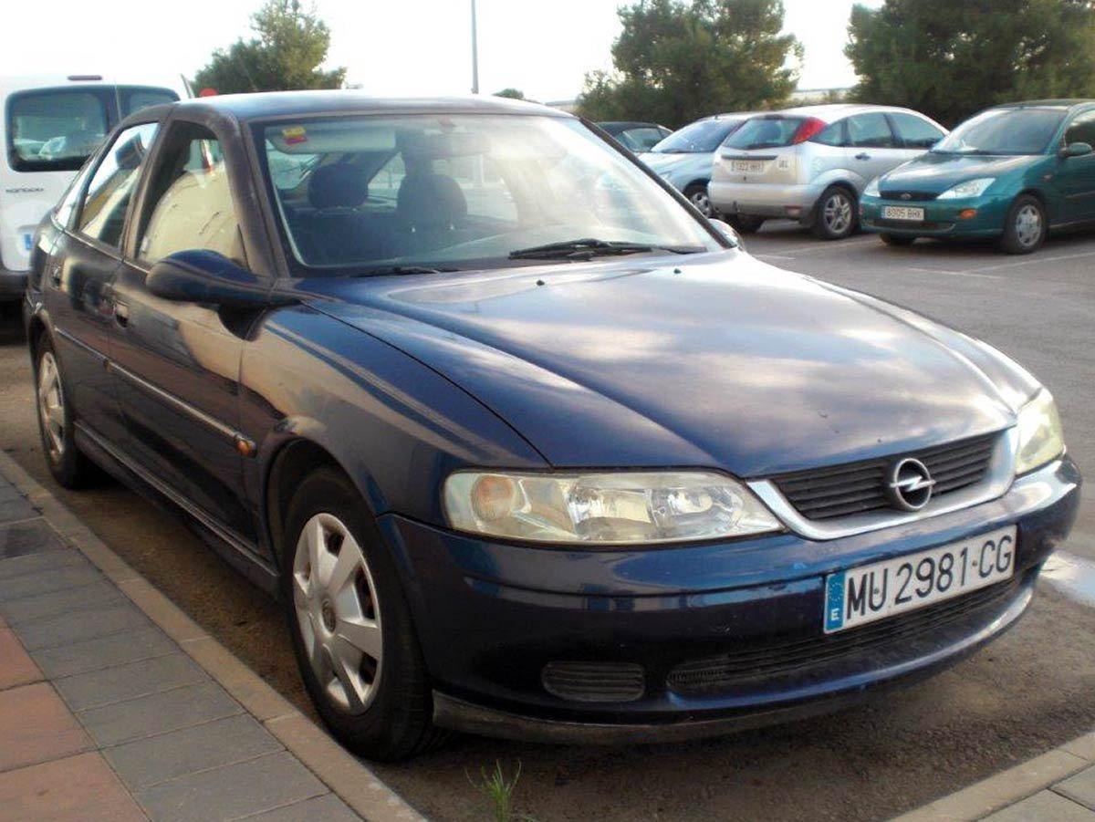 Used Opel Vectra Spain