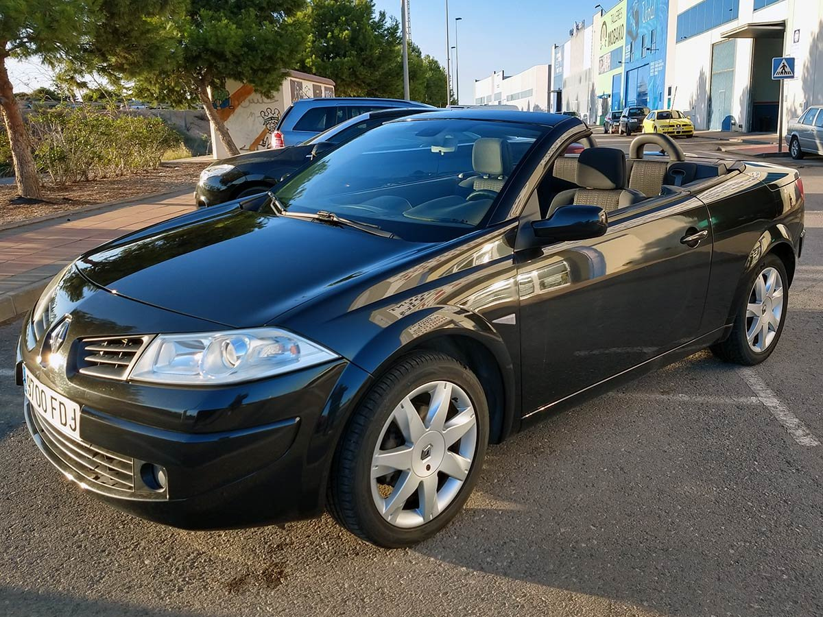 Used Renault Megane Auto Cabriolet Spain