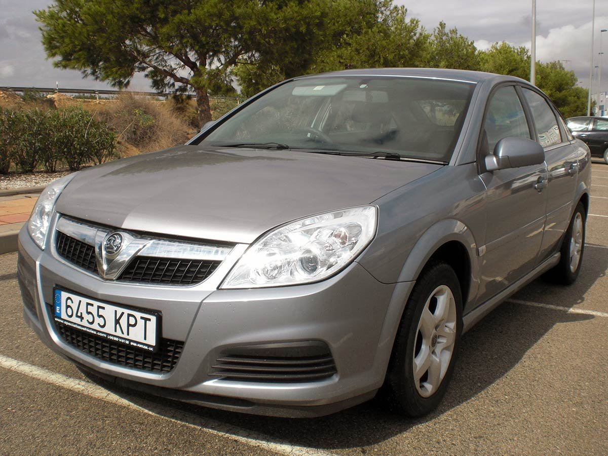 Used Vauxhall Vectra (RHD - ES) Spain