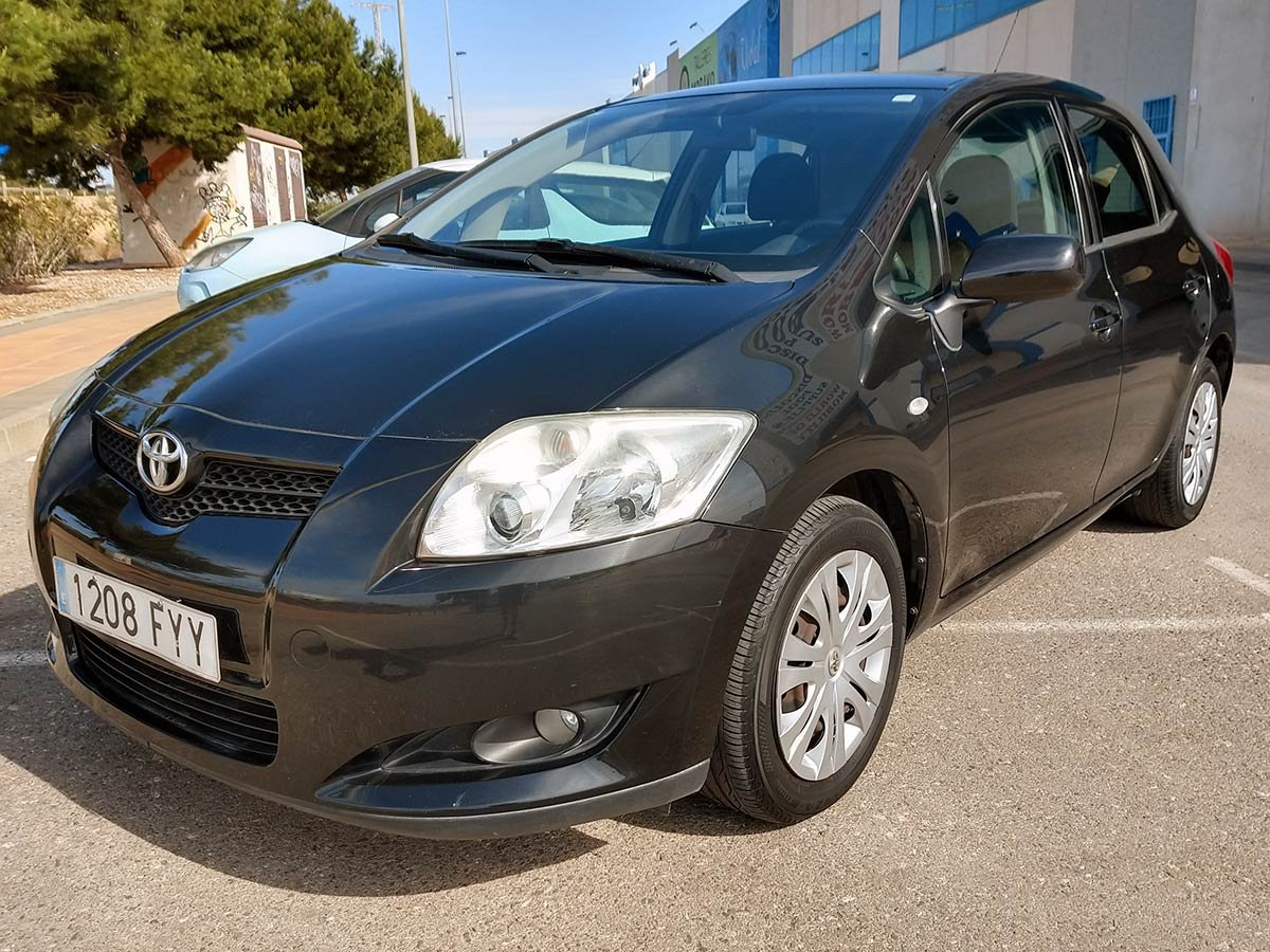 Used Toyota Auris Spain