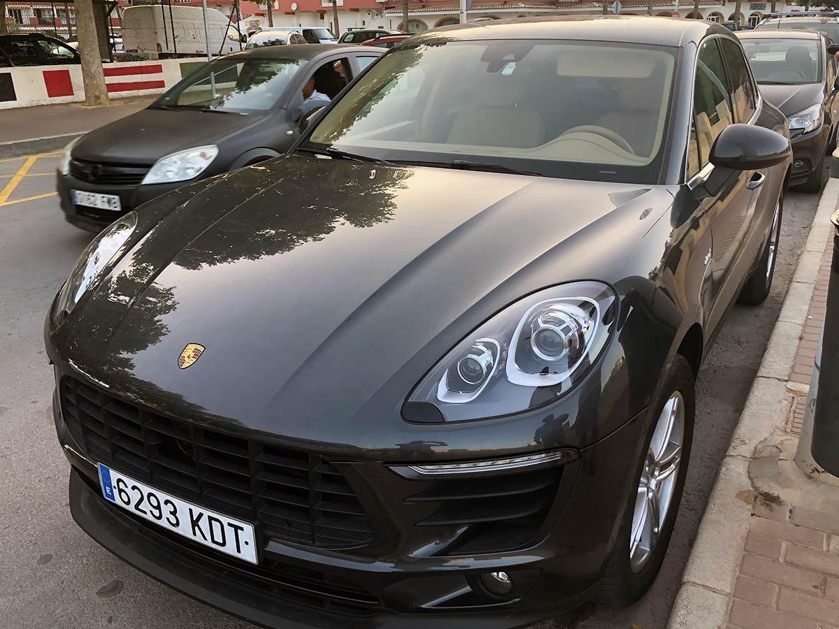 Porsche Macan Auto