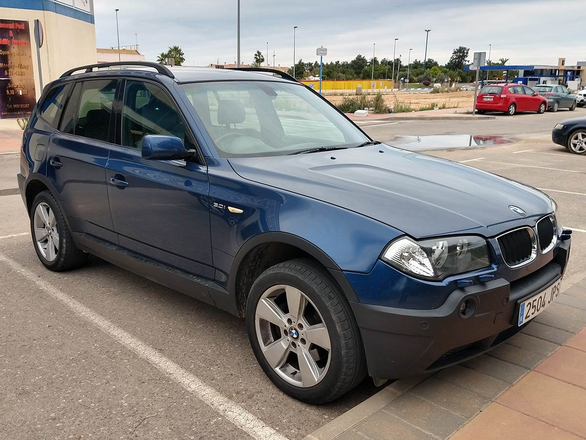BMW X3 (RHD - ES)