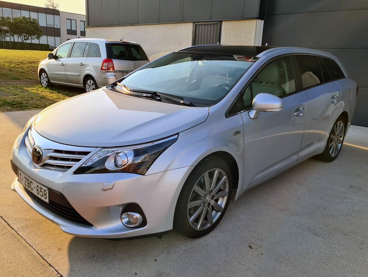 Used Toyota Avensis Executive Spain