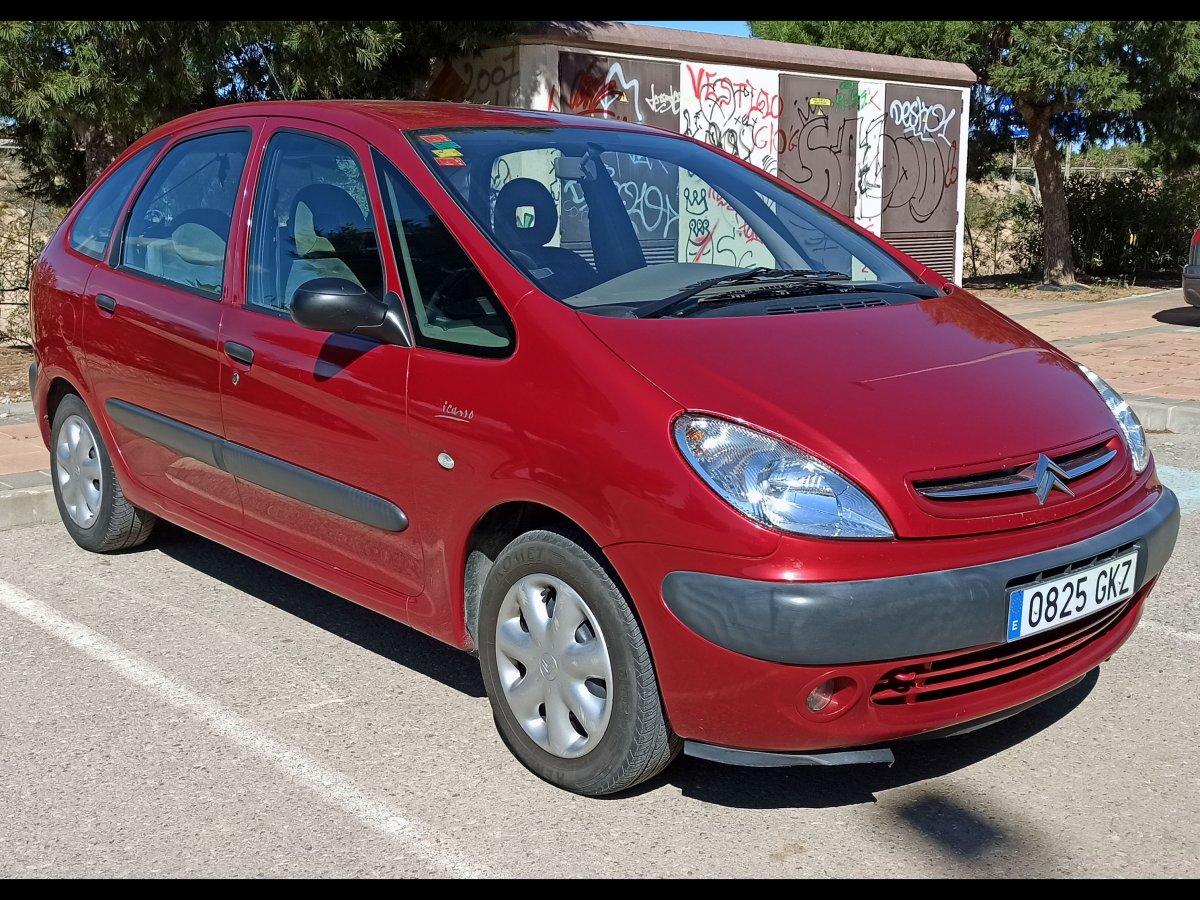 Citroen Xsara Picasso (RHD - Spanish plates)