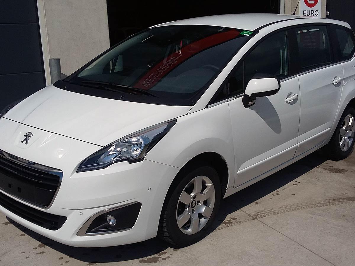 Used Peugeot 5008 7-Seat Auto Spain