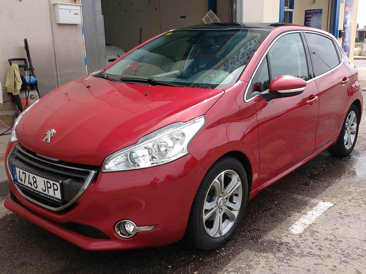 Used Peugeot 208 Auto Spain